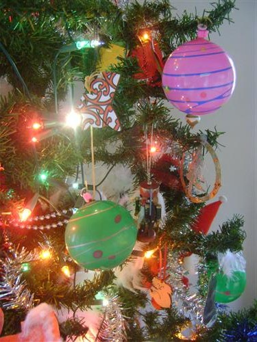 YoYo Balloons on the Christmas Tree